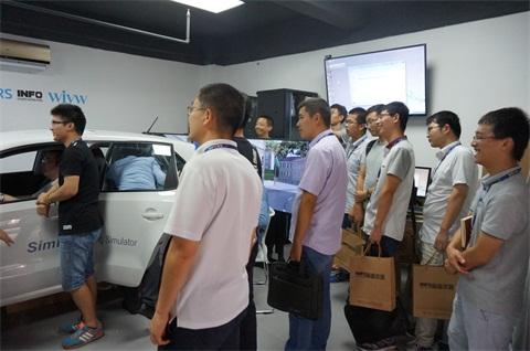 工程师介绍SimLab驾驶模拟器